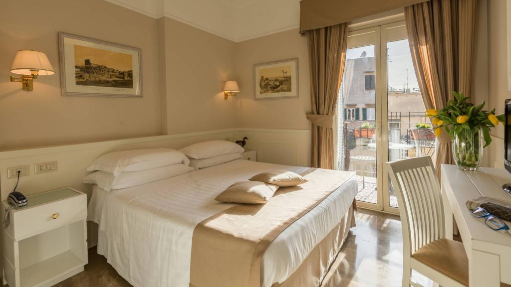 Hotel-Modigliani-camera-matrimoniale-matrimoniale-02