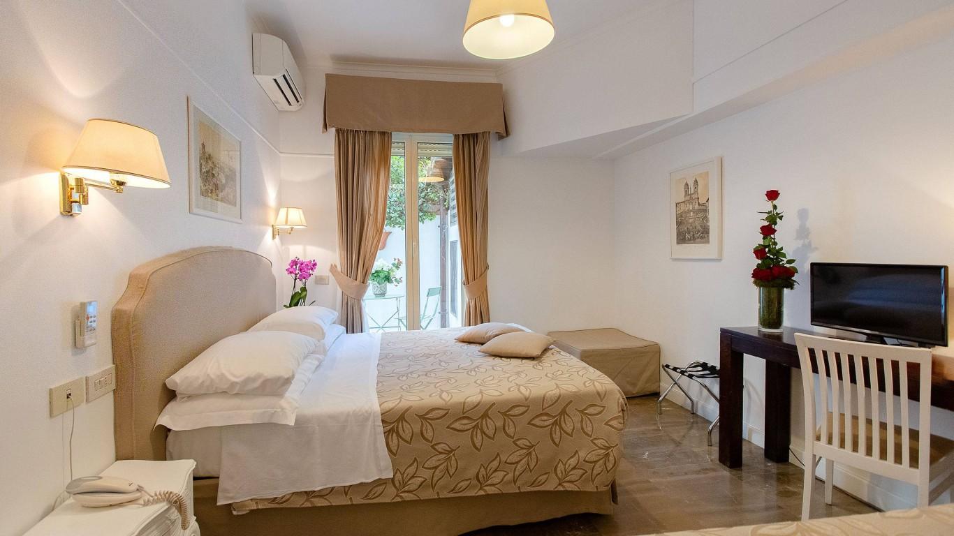 Hotel-Modigliani-camera-tripla-quadrupla-HM-18-0285-HDR