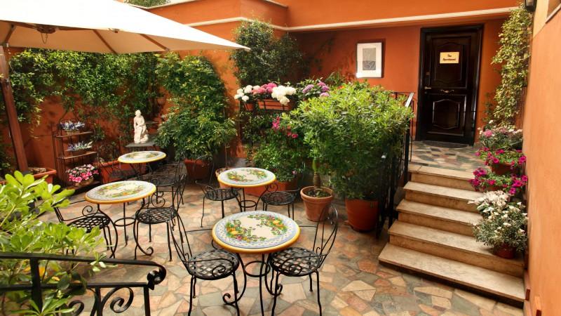 Hotel-Modigliani-appartamento-giardino-IMG-2431-2