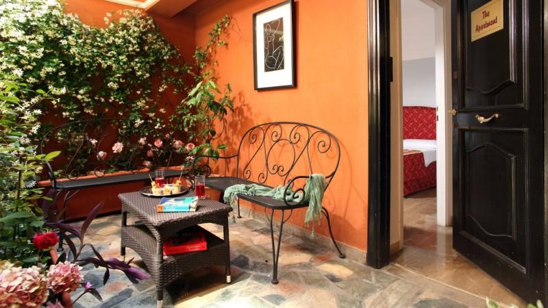 Hotel-Modigliani-appartamento-giardino-IMG-8866
